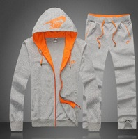 Free Shipping  Fashion Brand Men Leisure Sport Suit ,Winter Warm Jacket +pants Tracksuit Clothing Set  13A003
