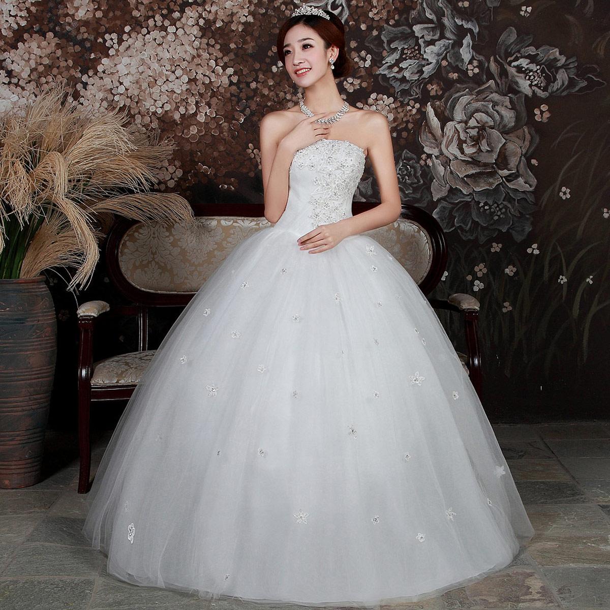 Fotos de vestidos de 15 años color blanco y estilo princesa