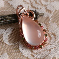 Natural ice kinds of pink crystal pink crystal pendant bordered 18k rose gold pendant necklace