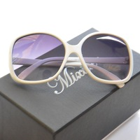 European and American fashion sunglasses , fashion glasses M120373