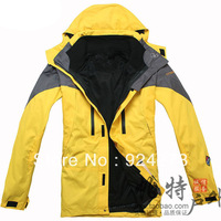 Hot ! new outdoor climbing clothing two sport coats Waterproof Winter men's ski jacket
