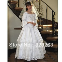Vintage Style Layered Lace Satin White Girls First Communion Dresses with Sleeves MC078