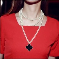 Min.order is $15) 2014 Fashion gold plated clover pendant necklaces for women,Simulated pearl long sweater necklace chain,N364