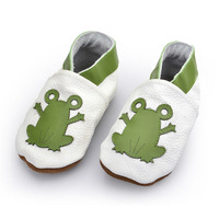 New Arrivals European Genuine Soft Leather Round Toe Comfortable Applique Frog Wrestling Baby Shoes Free Shipping BAB043