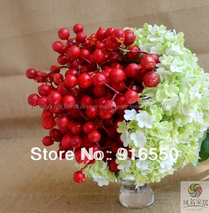 Frete Grátis artificiais bagas vermelhas, flor de seda casamento buquê Hydrangea / buquê de noiva / casamento Arranjo Floral(China (Mainland))