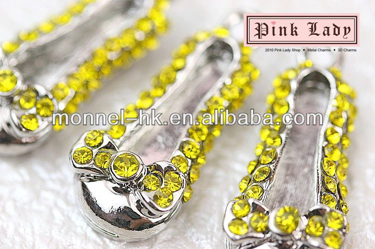 H332 Hot Sale 3 pcs Yellow Crystal Baby Shoe Charm Pendant(Hong Kong)