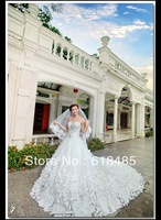 2014 New Fashion Handmade Bride Wedding Petals Dress New Arrival Super Long And Big Train Wedding Dress Formal Dress