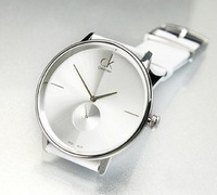 Free shippingThe new 2013luxurious business casual men and women neutral quartz watch Men's sports watches
