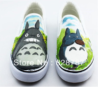 Free shipping 2013 Hot Totoro hand-painted shoes, canvas shoes graffiti/leisure fashion tide shoes/student/couples shoes