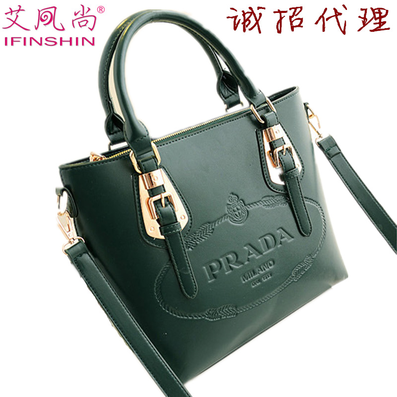 New 2013 new fashion wave packet large portable shoulder bag big European and American leather handbags wholesale leather(China (Mainland))