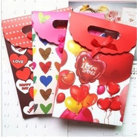 Love gift bag handbag bag clamshell birthday gift hand bag