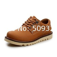 2013 factory wholesale new winter men's casual leather men's British fashion shoes low to help Martin
