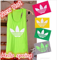 Free shipping 2014New  Fashion Sleeveless Camisoles Women's Casual Tanks Top Vests loose T-shirt Hello Spring