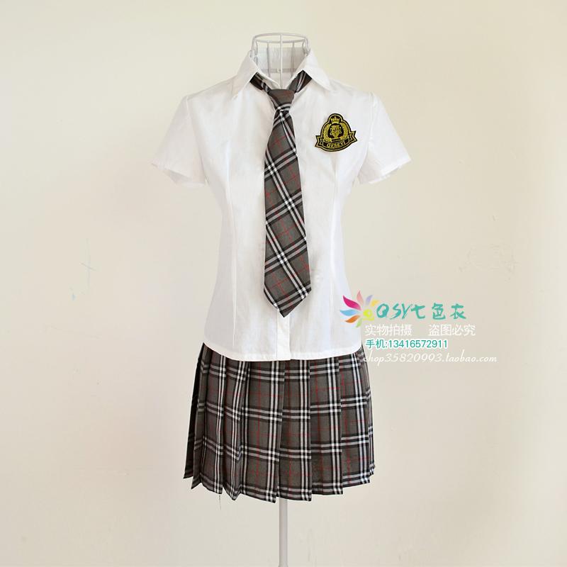 ... uniforme. l'école. usure uniforme scolaire ensemble jupe écossaise