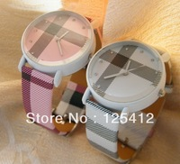 Fashionable Strips Hour Marks Grid Decorative Pattern Leather Analog Wrist Watch White And Pink Dial For Women And Men