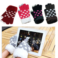 1 Pair Unisex Lovely Heart Pattern Winter Warm Capacitive Touch Screen Knit Gloves Hand Warmer for Phone Smart Phone Tablet PC