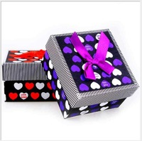 Supply of new heart-shaped watch carton display beautifully blending wholesale cartridge box Christmas gift box