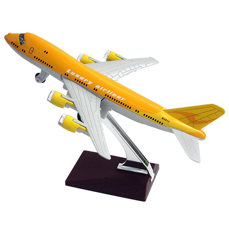 Rmz alloy luxurious passenger plane boeing 777 toy car alloy model plain(China (Mainland))
