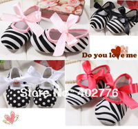 4 pairs/lot baby shoes fashion baby first walk  lovely shoes 3 colors kid bowknot  walk shoes TLZ-X0006
