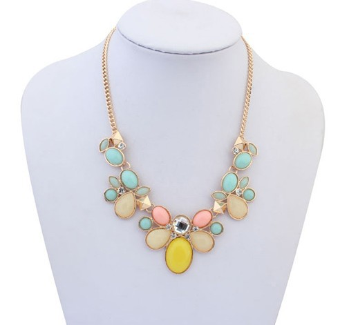 Top Quality Statement Choker Vintage Gold Collar Chunky Stone Pendant Necklace & Pendants Fashion 2014 women(China (Mainland))