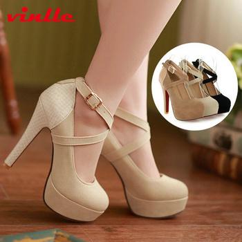 Изящные дамские туфли с ремешками, на высоком каблуке, материал- кожа и замша.