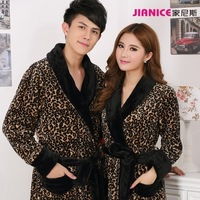 Autumn and winter noble male thickening sexy leopard print coral fleece lovers robe long design sleepwear flannel bathrobe