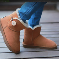 New  Brand 3352 mini short    Real Leather  Girl  winter  women snow boots  Free shipping Good quality  10 Colors