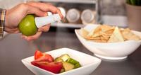Free Shipping 2pcs/lot Fruit Citrus Lemon Lime Orange Mist Sprayer Juice Maker Juicer Kitchen Tool