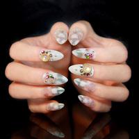 Накладные ногти ,