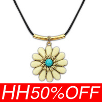 The new hit Europe and the United States women's ethnic customs big flower necklace