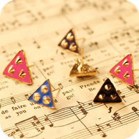 Sakura's Store E2233 fashion vintage alloy gold plated paint rivet triangle stud earring