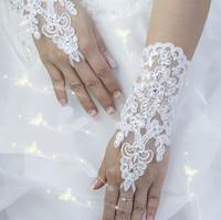 Hot Sale High Quality Write, Ivory Fingerless Short Paragraph Elegant Rhinestone Bridal Wedding Gloves Wholesale Free Shipping