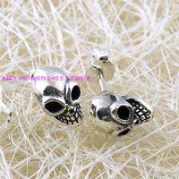 Three-dimensional paintless skull 925 pure silver stud earring