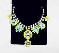 Latest  Luxury Brand Flower Charm Necklace For Women Design flower statement necklace Free Shipping