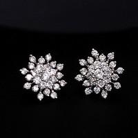 High Quality 2014 New Fashion Snowflower Shining Austrian Crystal Stud Earrings Simulated Diamond Earrings Accessories Women Hot