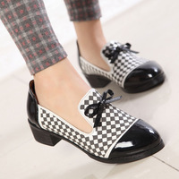 2014 new Popular Ladies Oxford style Shoes Classic Hollowing-out Designer Women Fashion Shoes plaid black white Fashion Brand