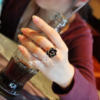 The rose . vintage black rose three-dimensional large camellia diamond ring female accessories