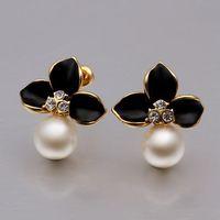 VGE638 Elegant Fashion Jewelry Black Enamel Flower White Pearl 18K Yellow Gold Plated Stud Earrings for women wholesale