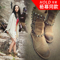 Hold thick heel flat rivet boots snow boots women's shoes autumn and winter martin boots