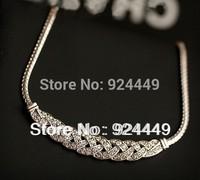 Yiwu jewerly wholesale factory direct selling snake bones twist necklace rhinestone necklace wholesale free shipping!A82