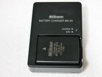 Camera Charger MH-24 for Nikon EN-EL14 Battery P71000 D3100 D3200 D5100 b373
