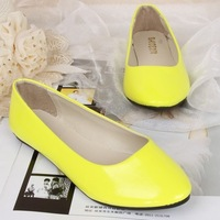 7 Candy-color Pointed Toe Patent Leather Casual Flats Korean Nurse Shoes Size 41 Solid Colors Student Boat Shoes KFD029