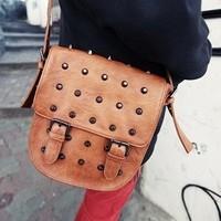 women handbag women leather handbags  pu  women messenger bags rivet clad cover strap decoration  vintage shoulder bags x0101