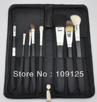 8 pcs Women's Professional make-up tools foundation brush + black case brand new