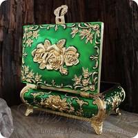 fashion princess vintage royal Metal tin jewelry box Large  Girl Gift home decor green color