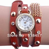 Brand New Woman Quartz  Rivets Crystal  Watch Wrap Around Leather Strap Retro Mosaic