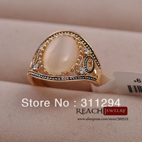 K8056  Drop Shipping Rhinestone Wedding Ring 18K Gold Plated Engagement Fashion Crystal Ring Jewelry For Women Gift