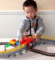 Small electric lixin thomas small train track toy gift