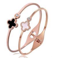 Korean version the four-leaf clover bracelet encrusted shells 18K rose gold plated titanium steel bangles