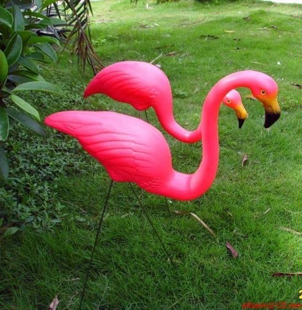 Фламинго для дачи